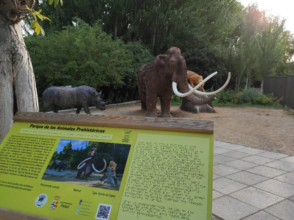 rutas prehistoricas, planes en familia alojamientos rurales al agia Padul
